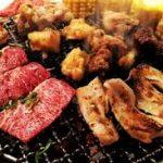 外人「クッチャクッチャ…なにこのホルモンとかいうゴミ肉…」日本人「たまんw」外人「うわあ…」