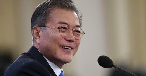 【ブーメラン】韓国・文大統領、過去の歴史を加害者が忘れても被害者は忘れられない」