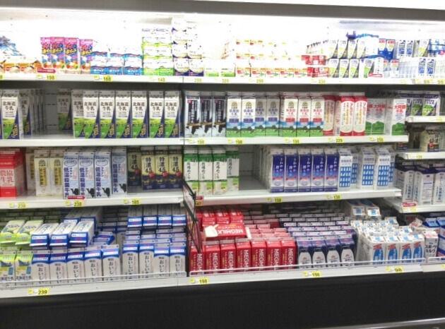 商品を奥から取る スーパーでよく見かける〇〇な人
