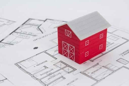 経済学者「家やマンションを買うやつはバカ」←これ