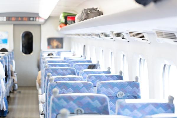 【悲報】早朝の新幹線でサラリーマンと喧嘩になった結果wwwwww