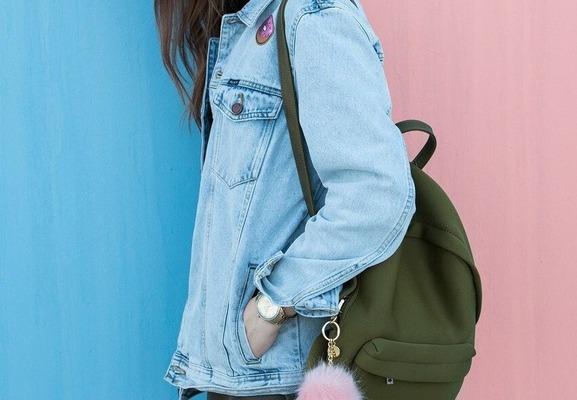 【画像】能年玲奈(28)さんの最新私服、斬新過ぎるwwwwwwww