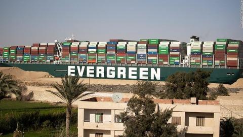 【海運】エジプト当局、スエズ運河で座礁のコンテナ船を差し押さえ 980億円の賠償請求めぐり 裏付けのない多額の請求