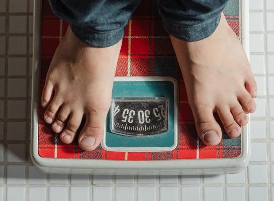 【朗報】ワイが2週間で7㎏も痩せられたダイエット法を教えたる