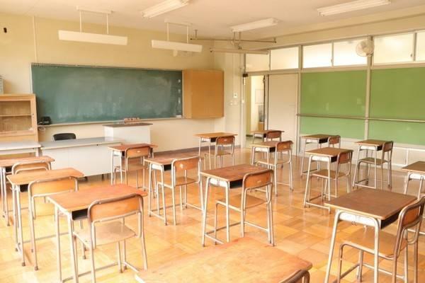 教員免許 うっかり失効「気の毒だ」 50代教諭が新卒扱いに