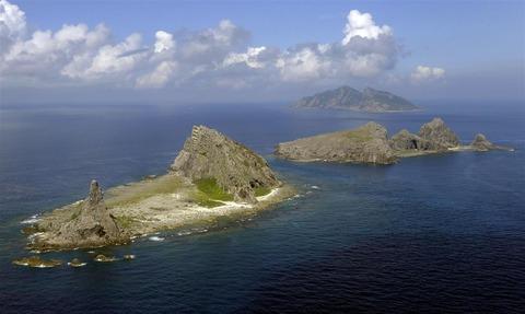 中国船2隻、尖閣周辺で21時間航行 11日朝に領海出る