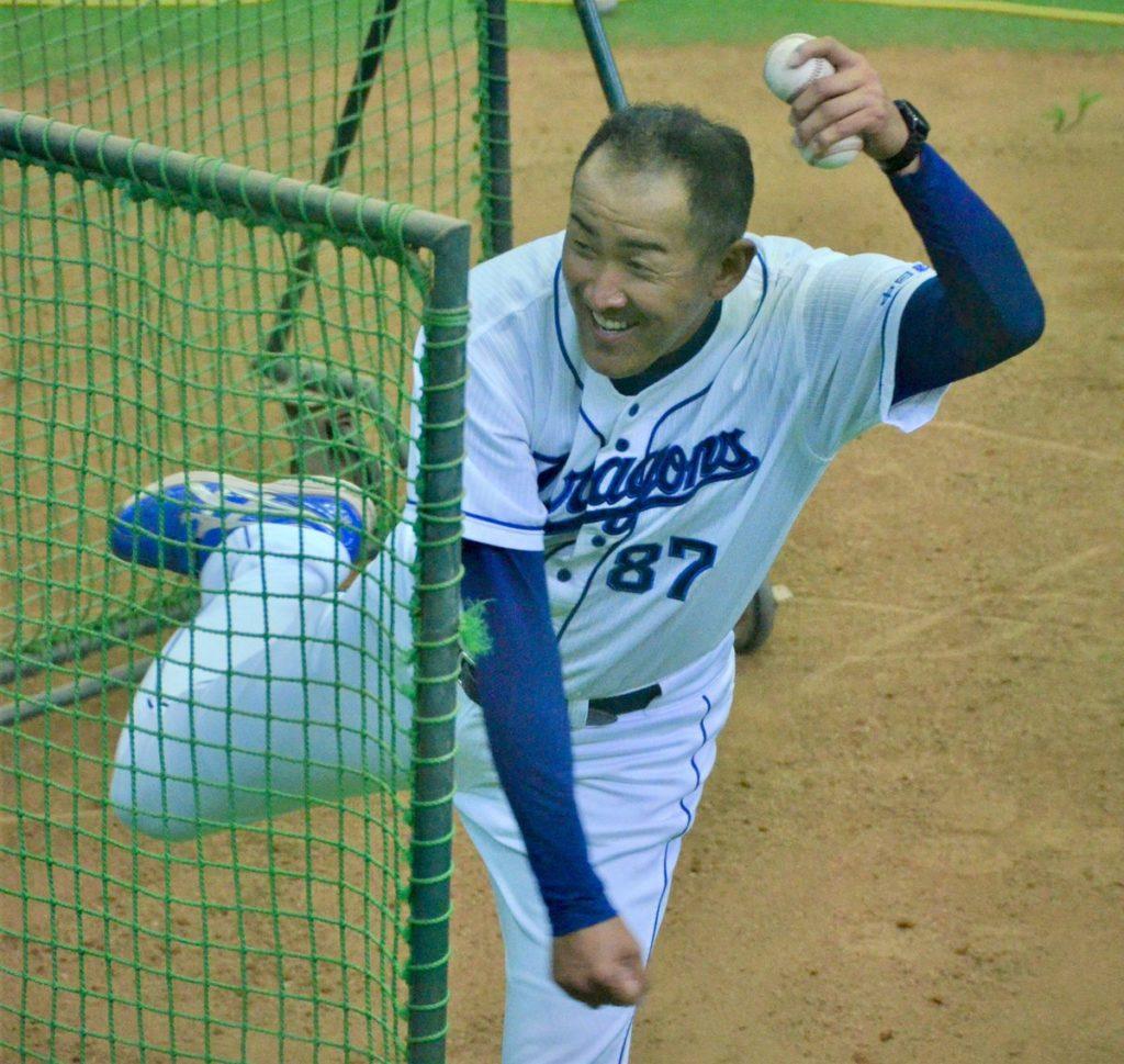 中日・門倉健2軍投手コーチが退団も球団に批判の声?