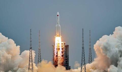 【速報】中国ロケット残骸、インド洋に落下