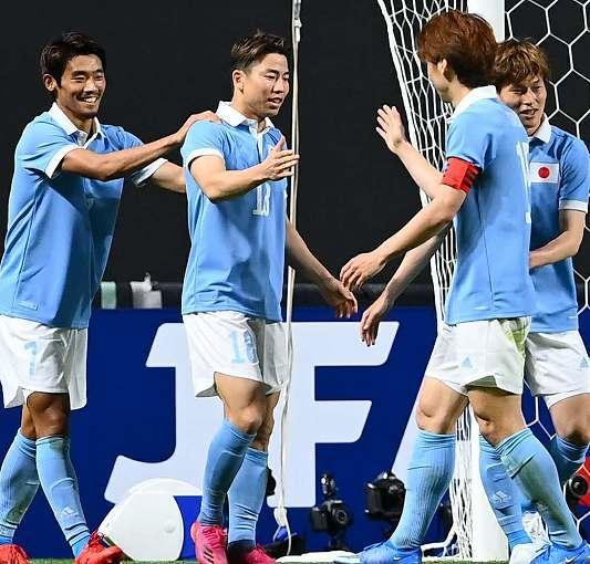 【サッカー】史上初の日本代表「兄弟対決」はA代表に軍配! 橋本、鎌田、浅野の3発でU-24代表に快勝