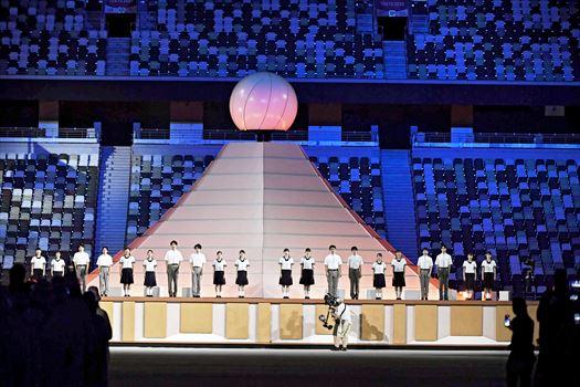 復興五輪 開会式で福島の高校生が合唱、聖火台は福島の水素燃料