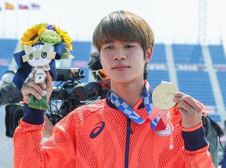 【東京五輪】堀米雄斗、獲得した初めての五輪金メダル「ポケモンのカビゴンにつけたいと思います」