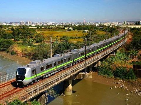 【台湾】韓国・現代ロテムが製造した今年導入の電車、安全装置に不具合。