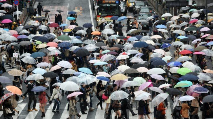 【高齢化JAPAN】日本人女性、50歳以上が52.1% 男性は46.3%